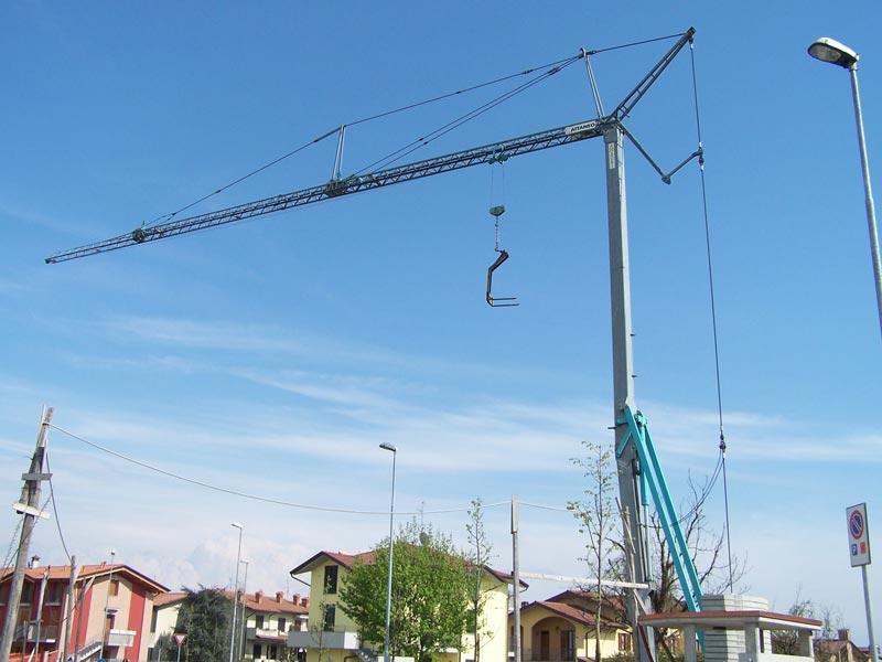 Malý stavebný žeriav Cattaneo CM60B | TOP CRANES